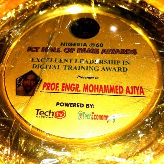 "DBI President given ""Excellent Leadership in Digital Training Award"""